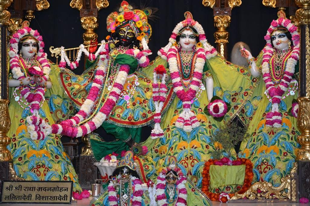 ISKCON Ujjain Deity Darshan 03 Feb 2016 (2)