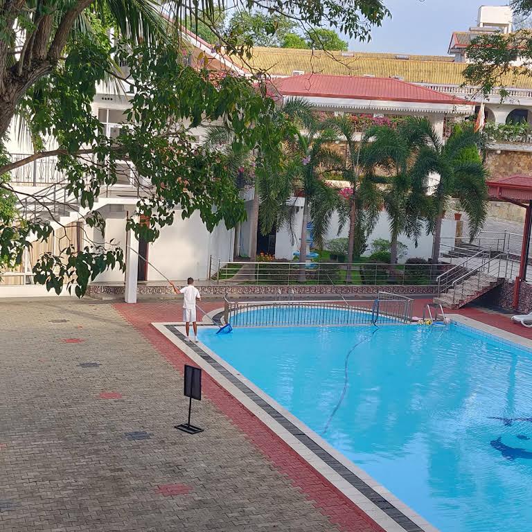 Centauria Lake Resort - Hotel in Embilipitiya