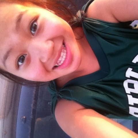 Becky Xiong Photo 13