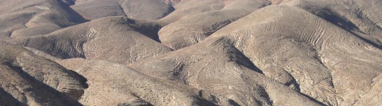 Hügellandschaft im Oued Dades, Atlas-Gebirge, Marokko