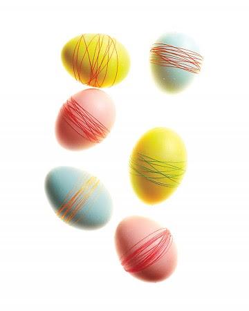 Красивые идеи к Пасхе Easter-eggs-strings-mld108212_vert