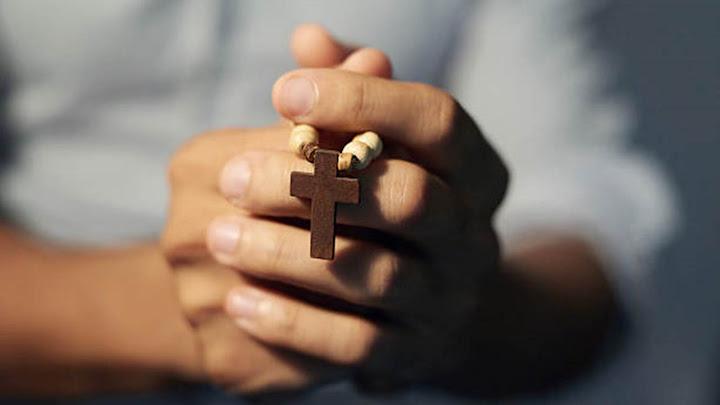 Chuyên tâm cầu nguyện