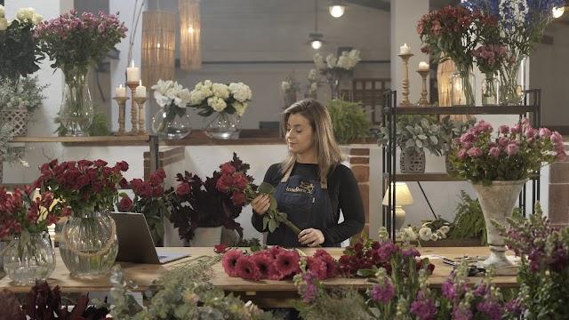 La actriz Mar Reina protagoniza el anuncio de Interflora.
