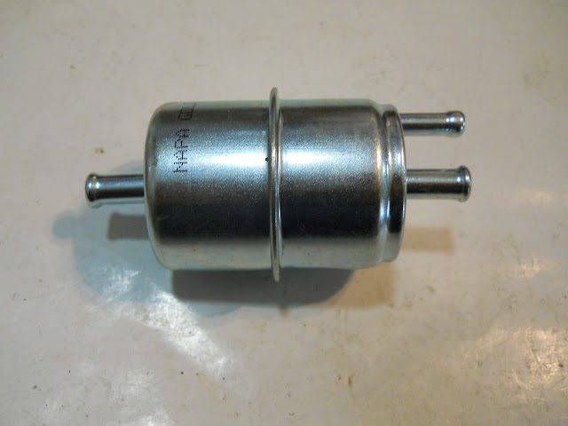 FF-V Vented fuel filter for 1963-66 401-425 with AC or heavy duty cooling. Slightly smaller than original AC unit.. 12.00 each