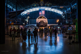 Space shuttle Discovery at the Udvar-Hazy National AIr and Space Museum
