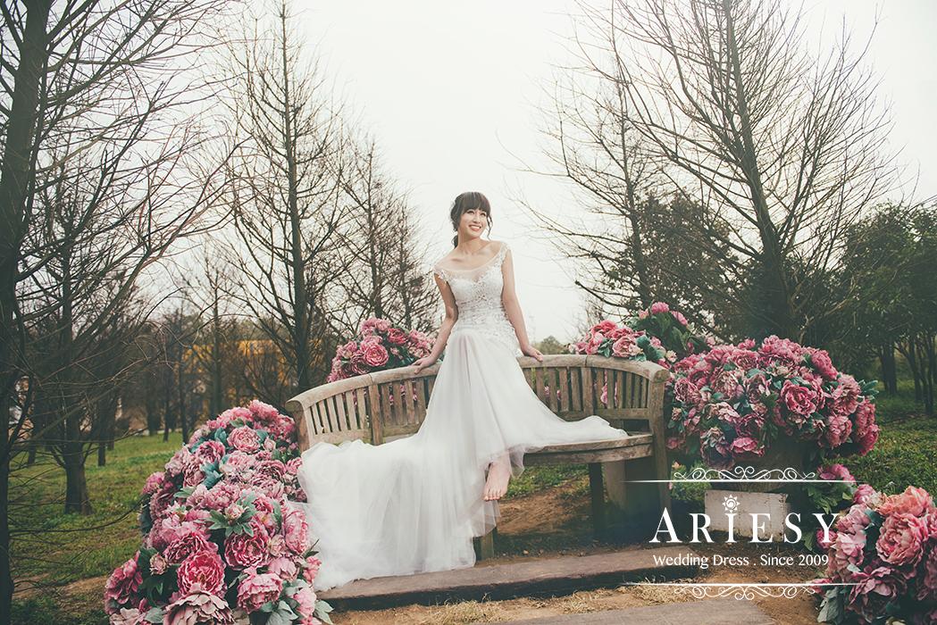 Ariesy造型團隊,Debbie新娘秘書,台北新娘秘書,新娘輕透妝感,時尚低盤髮,氣質歐美風,淡水莊園