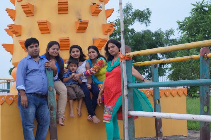 Omkareshwar and Hanmuntiya water resort - DSC07056.JPG