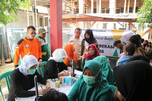 517 Pasien Korban Banjir Dilayani BAZNAS Bekasi