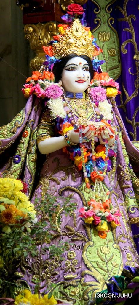 ISKCON Juhu Sringar Deity Darshan 11 Jan 2016  (16)
