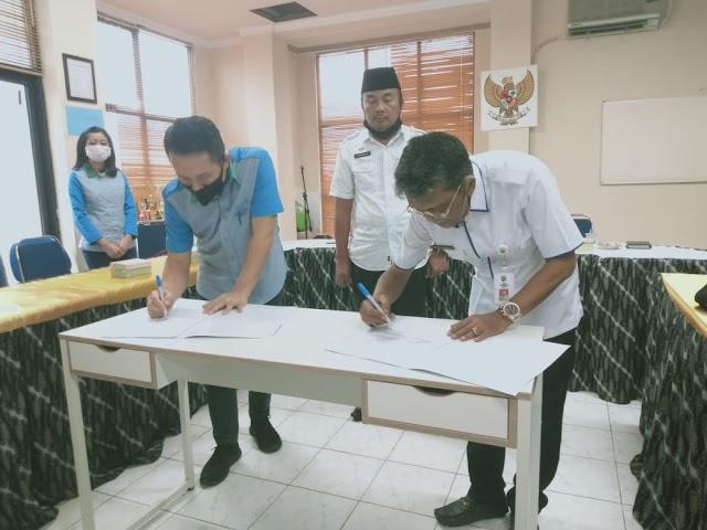Optimalkan PAD, Pemkab Kotabaru Teken MoU dengan Bank Kalsel