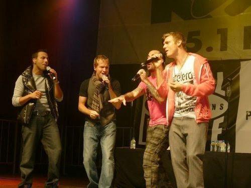 Backstreet Boys - Những Chàng Trai Làm Khuynh Đảo Thế Giới Backstreet-Boys-3-the-backstreet-boys-15367541-500-374