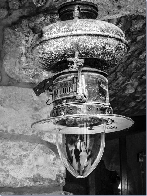 muzej - svetilka za na čoln