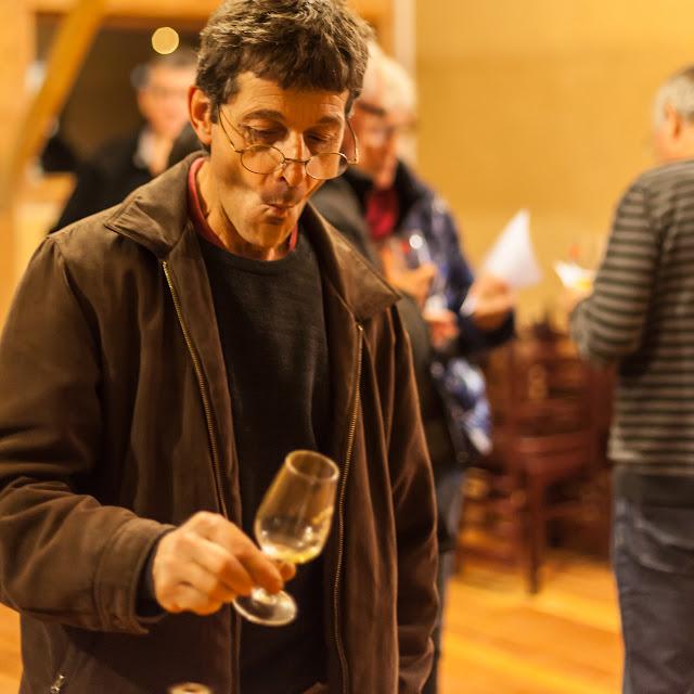 2015, dégustation comparative des chardonnay et chenin 2014 - 2015-11-21%2BGuimbelot%2Bd%25C3%25A9gustation%2Bcomparatve%2Bdes%2BChardonais%2Bet%2Bdes%2BChenins%2B2014.-153.jpg