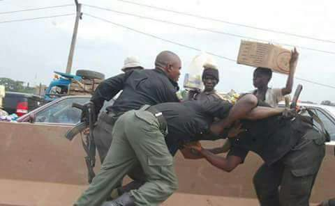 Police Officer caught ,Breaking news ,Act Shamelessly