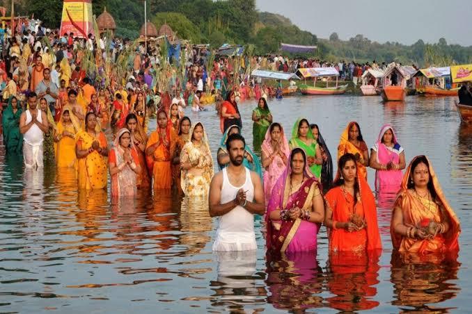 Chhath Puja 2020: नहाय-खाय के साथ छठ पूजा का महापर्व शुरू, जानिए आज के पंचांग में शुभ मुहूर्त और अशुभ समय...