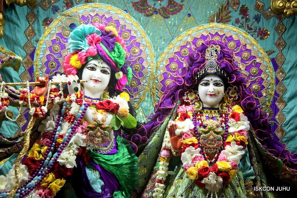 ISKCON Juhu Sringar Deity Darshan on 24th July 2016 (9)