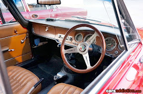 Alfa Romeo Gulia GTA interior