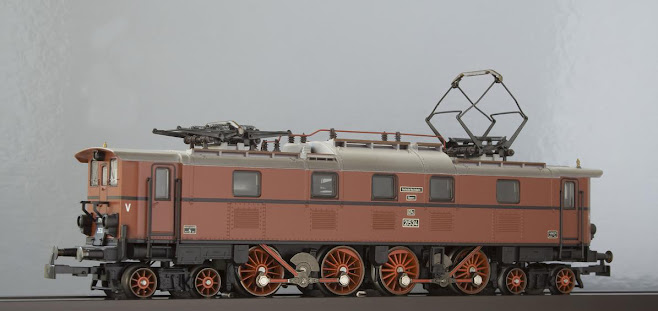 Modeli parnih lokomotiva DRG M2860N