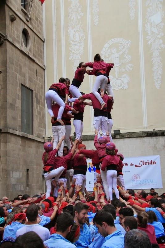 Actuació 20è Aniversari Castellers de Lleida Paeria 11-04-15 - IMG_8958.jpg