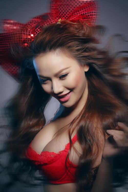 Jolie Dương làm đại sứ cho game mới Tiên Kỷ? 5