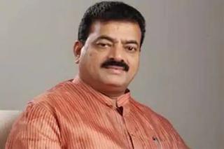 nilesh-rane-critized-bhaskar-jadhav-on-his-remark-on-maharashtra-police