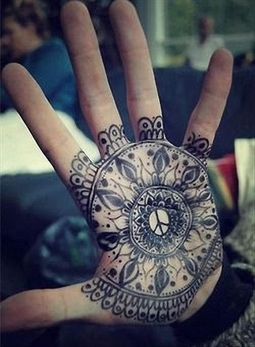 mao_tatuagens_mais_legais_projetos_do_tattoo_44