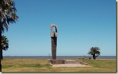 IMG_20180215_Beach monument