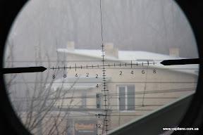 Прицельная марка, KANDAR 10x42 AOE, параллакс на максимум, дистанция приблизительно 500м