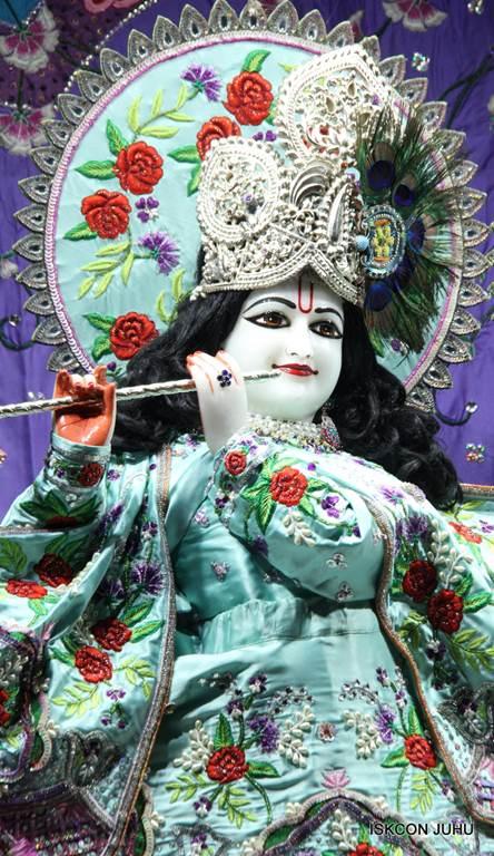 ISKCON Juhu Mangla Deity Darshan 17 Dec 2015 (16)