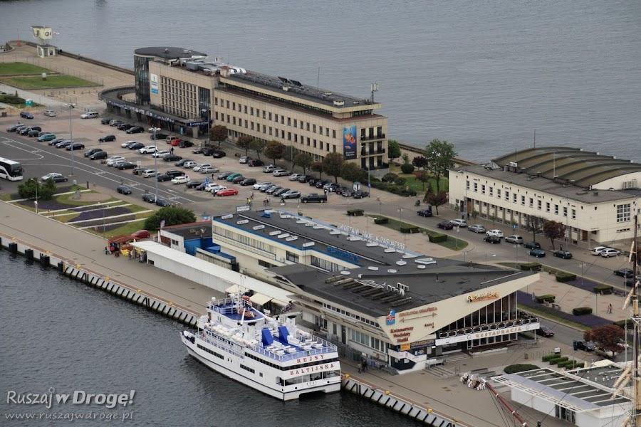 Gdynia Akwarium i przystań z lotu ptaka - widok z Sea Towers
