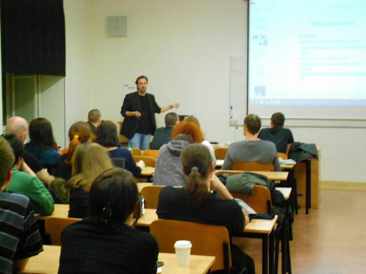 Přednáška o italské mafii přilákala desítky návštěvníků. Foto: Zuzana Brandová