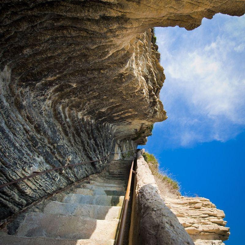 escalier-du-roi-daragon-9
