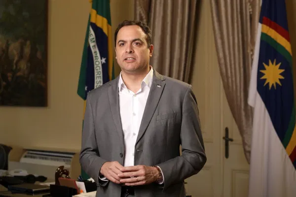 POLÍTICA-MPF questiona Paulo Câmara por decreto que reduz transparência