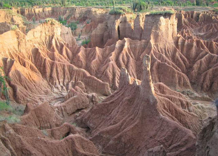 increíbles paisajes del desierto de la Tatacoa