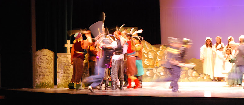 2012PiratesofPenzance - DSC_5939.JPG