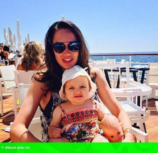 Hình 10:   Con gái tỷ phú F1 vui chơi cùng chồng con tại Cannes