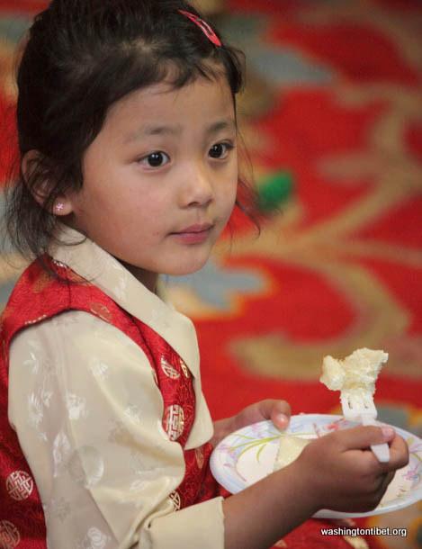 Lhakar/Tibets Missing Panchen Lama Birthday (4/25/12) - 38-cc0195%2BB72.JPG