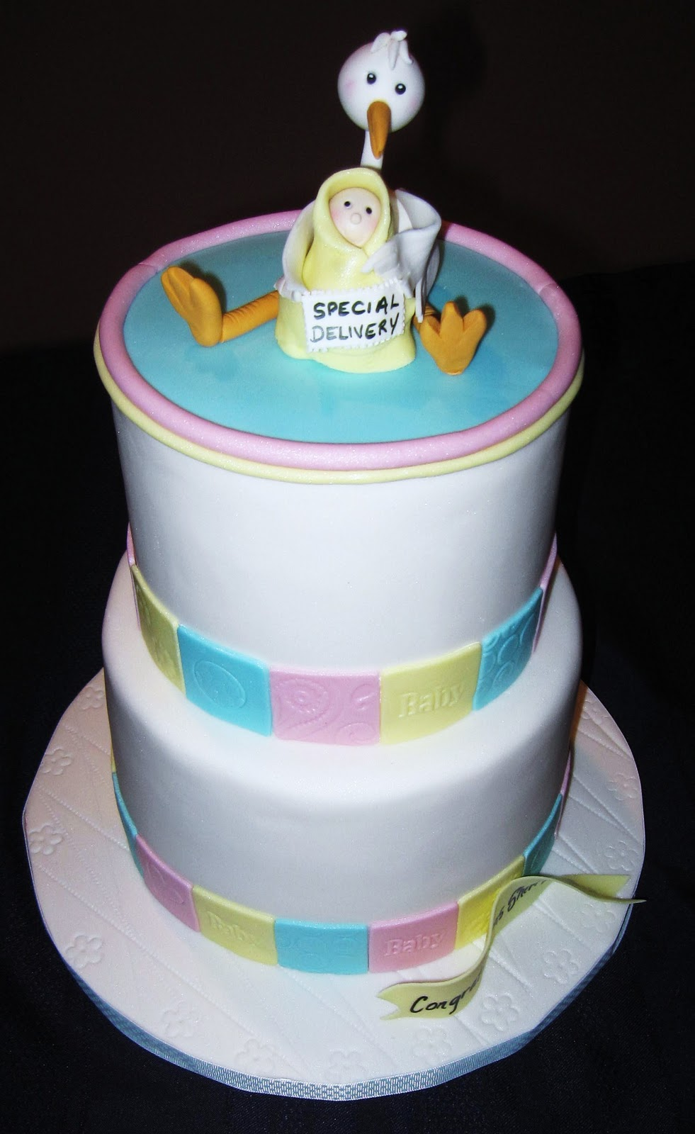 CakeSavvy Special delivery baby shower cake