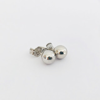 14K White Gold Stud Earrings