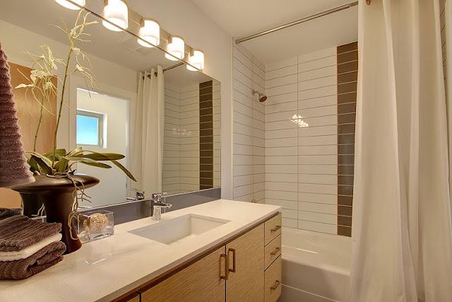 Bathroom - 20396_16.jpg