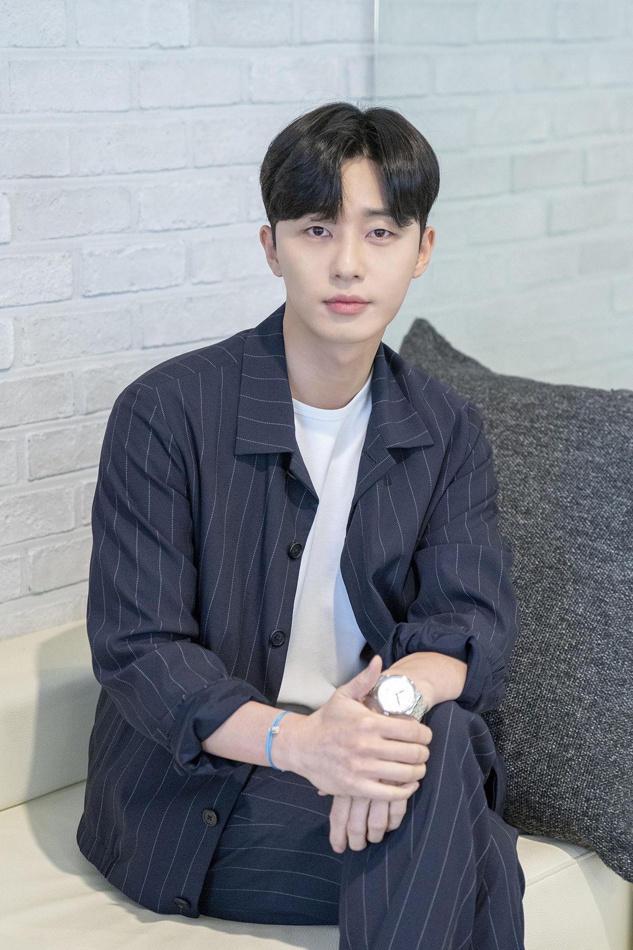 park seo joon min young dating rumors