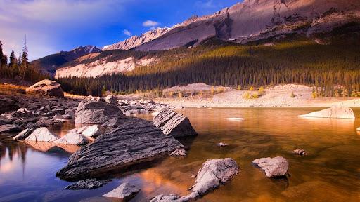 Scenic Jasper National Park, Alberta, Canada.jpg