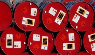 Le pétrole rebondit, la production libyenne menacée par des affrontements