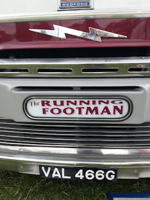 cherised numberpate running footman