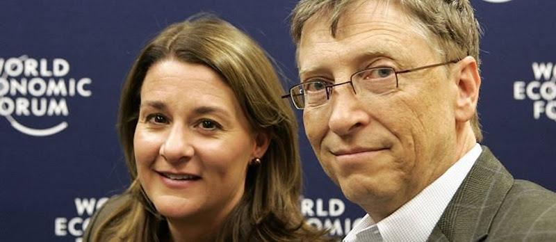 Bill-Gates-ao-lado-de-sua-esposa-Melinda-no-Forum-Economico-de-Davos-em-2009.-Foto-AP
