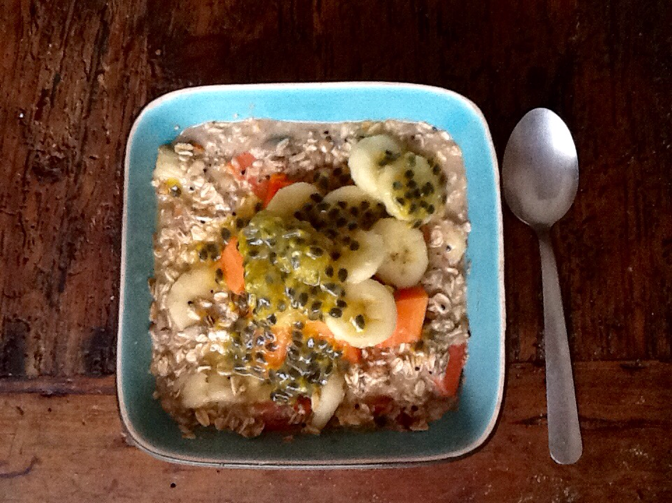 muesli, muesli for breakfast, breakfast muesli, muesli with tropical fruit, my muesli, bowl of muesli