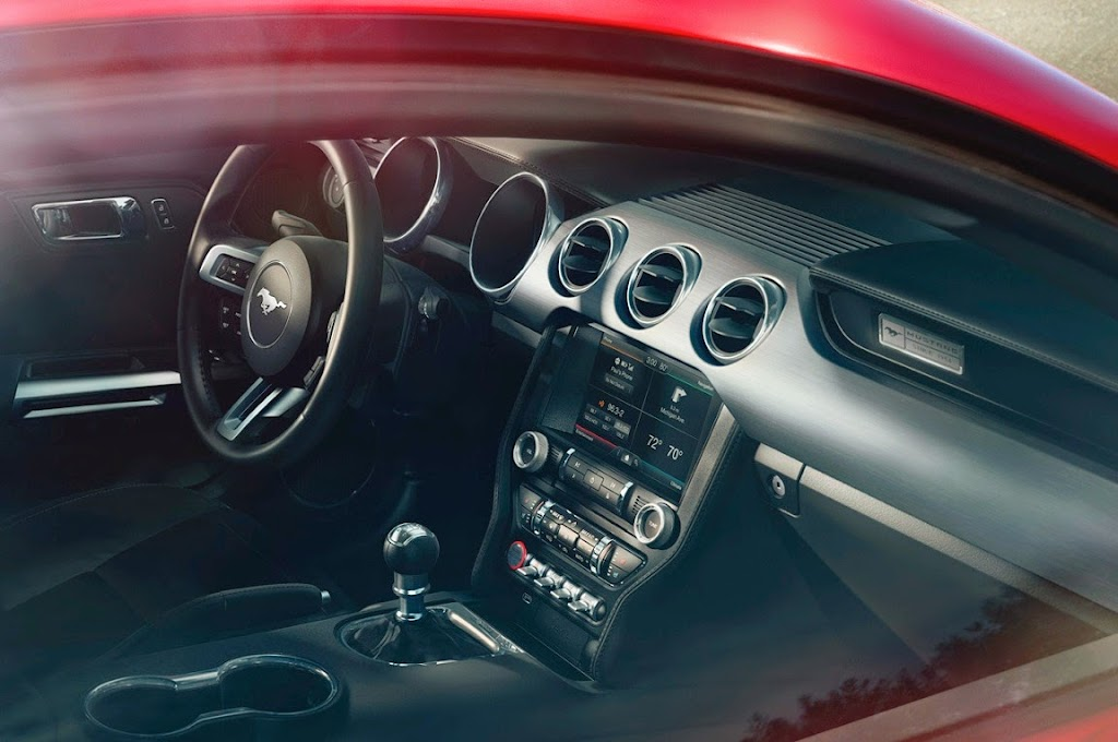 14 2015 Ford Mustang 1