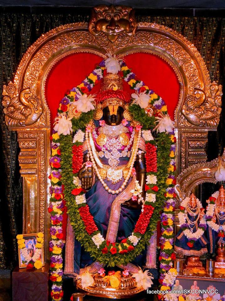 ISKCON Pune NVCC Deity Darshan 20 Dec 2015 (5)