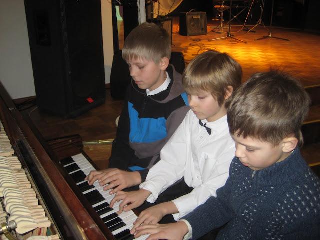 20.veebruaril Ahtme Klubis toimus traditsiooniline Eesti Iseseisvuspäevale pühendatud õpilaste ko - 2.jpg