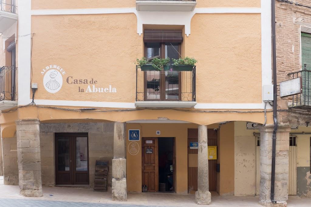Albergue de peregrinos Casa de la Abuela, Los Arcos, Navarra :: Albergues del Camino de Santiago